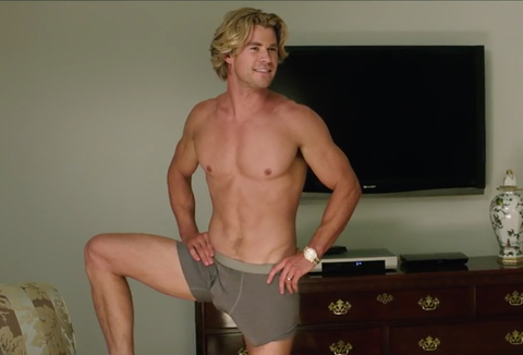 Vacation - Chris Hemsworth - abs