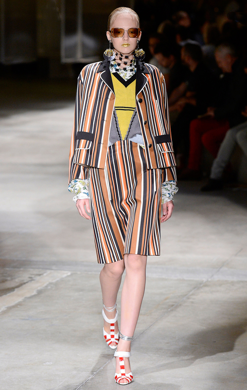 Prada - Runway RTW - Spring 2016 - Milan Fashion Week