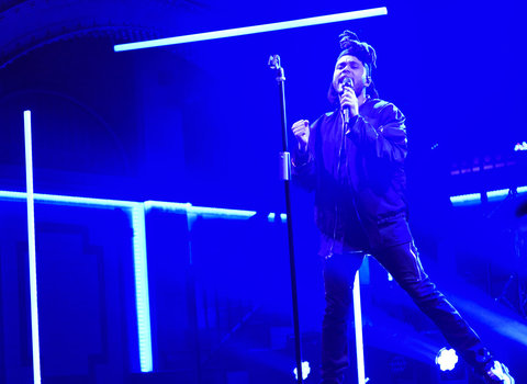 """SATURDAY NIGHT LIVE -- """"Amy Schumer"""" Episode 1685 -- Pictured: Musical guest The Weeknd performs on October 10, 2015 -- (Photo by: Dana Edelson/NBC/NBCU Photo Bank via Getty Images)"""