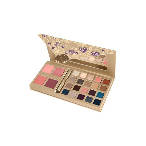 STILA 'A WHOLE LOT OF LOVE' LIMITED EDITION SET