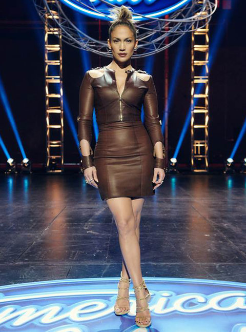 Jennifer Lopez 39 S Head To Toe Looks From Seasons 14 And 15 Of American Idol