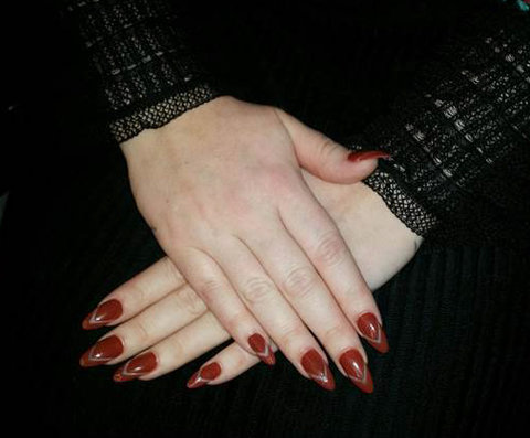 How To Nail Adele S Prettiest Manicures From Her Press