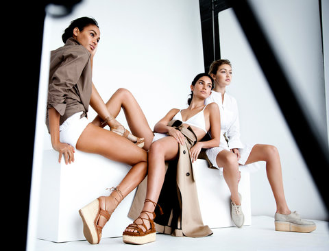 Stuart Weitzman Campaign Embed