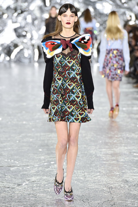 London Fashion Week Mary Katrantzou Embed