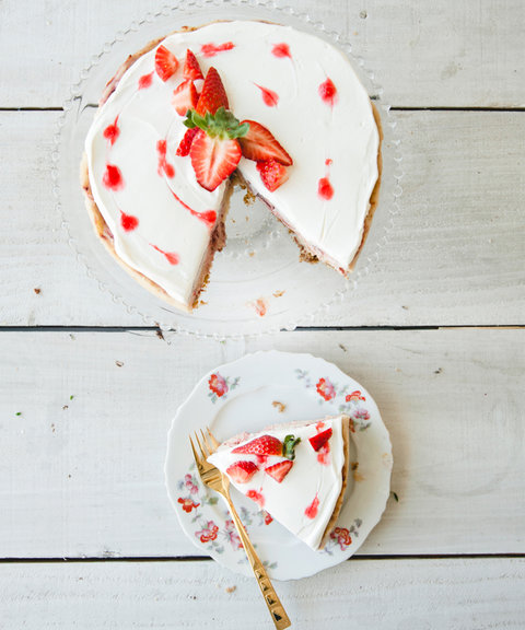 Strawberry Cheesecake Recipe Embed