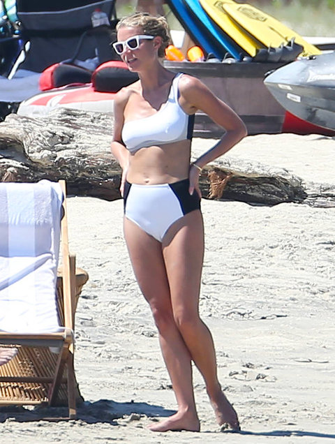 Gwyneth Paltrow Bikini - EMBARGOED UNTIL 9/29/16 - 6pm EST - Do not post until then!