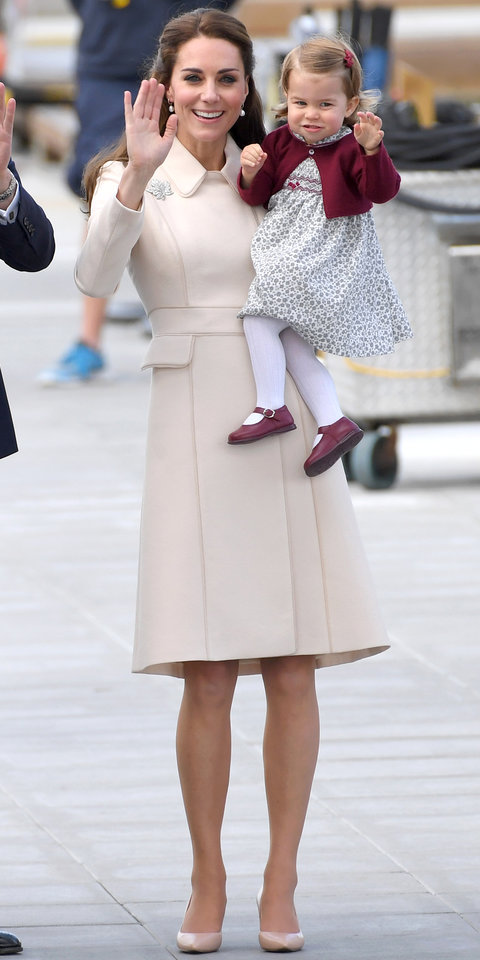 Who Won Fashion Princess Charlotte 39 S Christmas Outfit