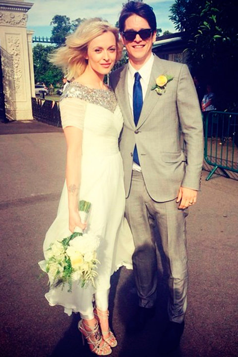 Celebrity weddings the dresses the venues and the most for Dresses for registry office wedding
