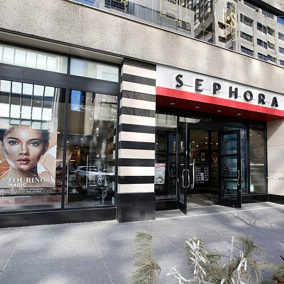Sephora Is Offering a Free Class To Help You Perfect No-Makeup Makeup
