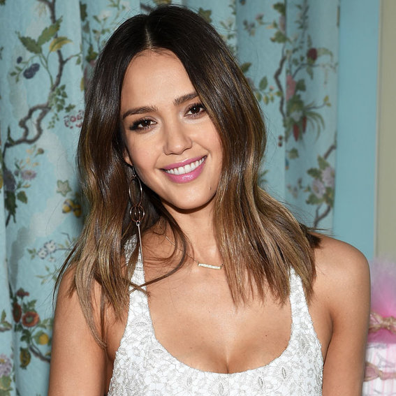 See What Jessica Alba's Daughters Gave Her for Her 35th Birthday