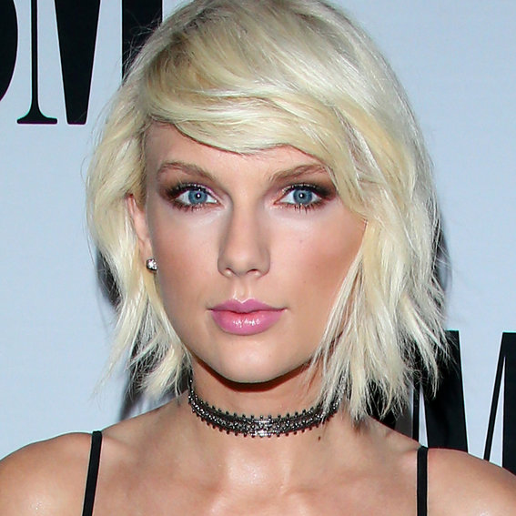 Taylor Swift and Zayn Tease Us with <em>Fifty Shades</em> of Blue