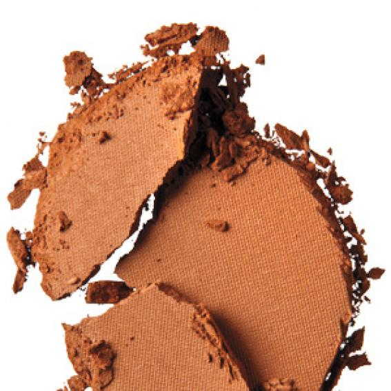 Cover Girl Queen Bronzer in Light Bronze