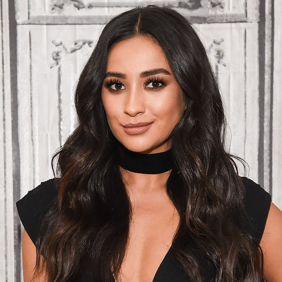 How Shay Mitchell Became the Resident Beauty Guru on the Set of <em>Pretty Little Liars</em>—Plus, Her Favorite Products
