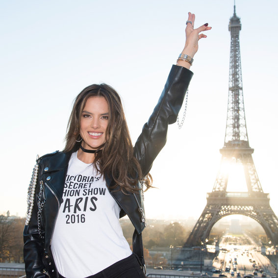 Inside the Victoria's Secret Models' Pre-Show Workouts
