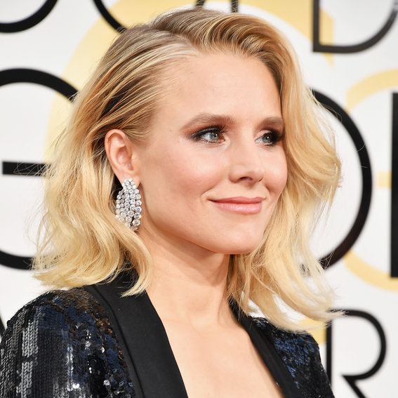 Kristen Bell Wore Butt Pads to the Golden Globes—See the Hilarious Photo