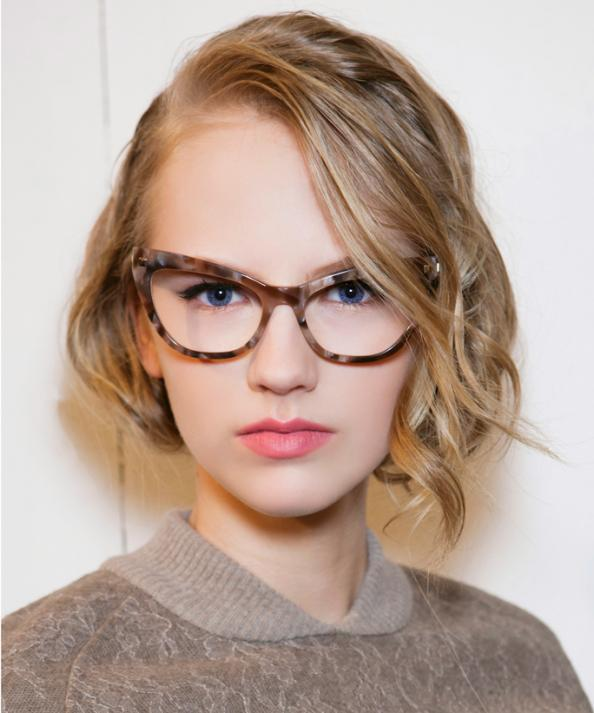 Wear Glasses? 6 Smart Makeup Tricks You Need to Know