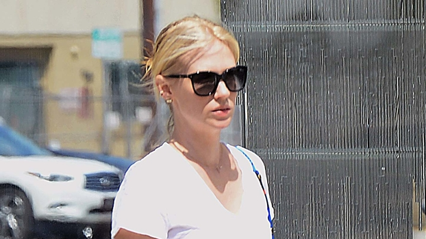 13 Times Celebrities Prove that a White Tee and Jeans Is the Ultimate Off-Duty Uniform