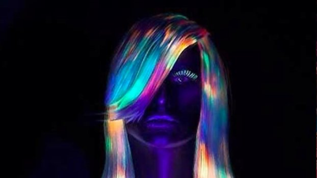 Glow In The Dark Hair Is Now Officially A Thing Instylecom