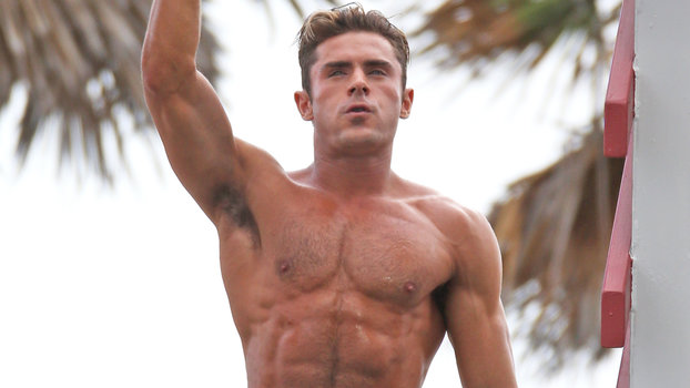 See Zac Efron's Abs on Baywatch | InStyle.com