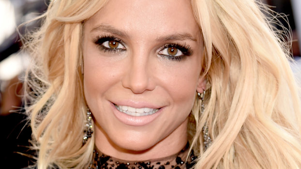 Britney Spears Shows Off Flirty New Hair Cut With Lots Of -2311