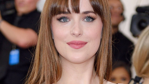 L Hairstyle: Dakota Johnson Dyes Her Hair Blonde