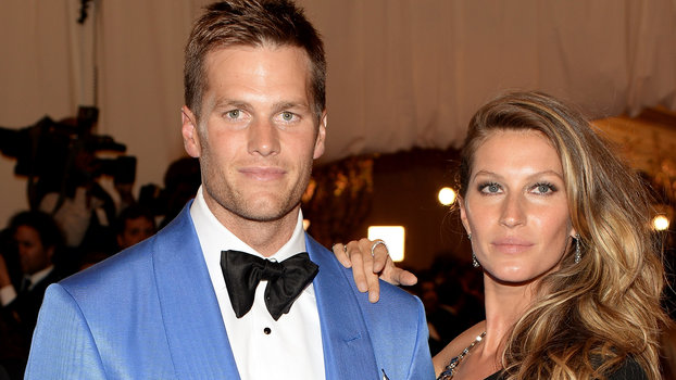 """NEW YORK, NY - MAY 06:  Tom Brady and Gisele Bundchen attend the Costume Institute Gala for the """"PUNK: Chaos to Couture"""" exhibition at the Metropolitan Museum of Art on May 6, 2013 in New York City.  (Photo by Dimitrios Kambouris/Getty Images)"""