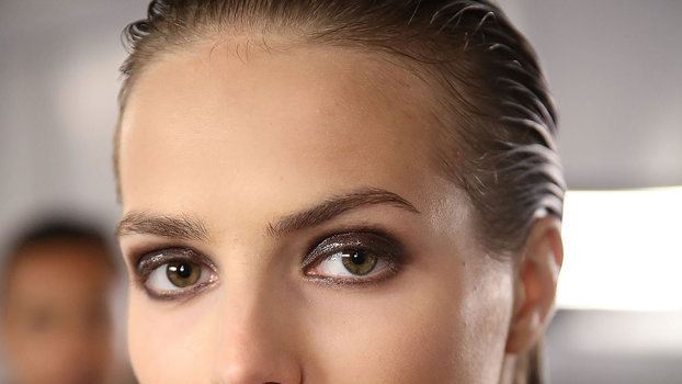 3Products That Make a Glossy Eye Totally Doable