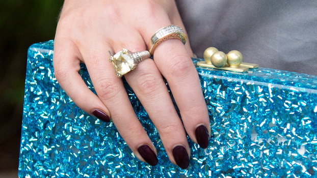 Vampy Polishes That Will Make You Feel Like a #BadGal This Fall