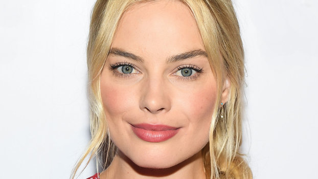 Margot Robbies Favorite Beauty Products InStylecom