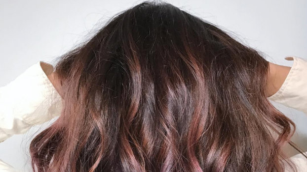 Chocolate Mauve Hair Is The New Color Trend Blowing Up On