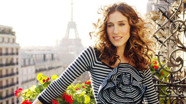 The Mystery of Carrie Bradshaw's Mismatched Shoes Has Finally Been Solved