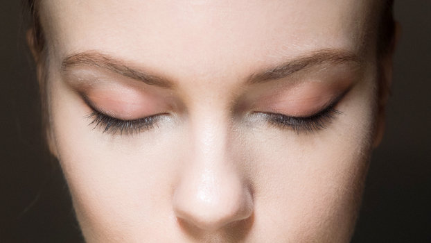 This Is How Latisse Makes Your Lashes Grow Longer