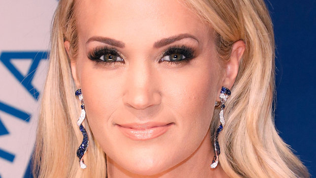 3bb39f1c2e4e5 Carrie Underwood Is Pregnant with Her Second Child | InStyle.com
