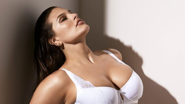 1c6f033904f The Best Plus-Size Lingerie Brands for Valentine s Day 2019 ...