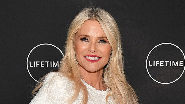 InStyle's Look of the Day picks for January 18, 2019 include Christie Brinkley, Kate Bosworth and Naomi Campbell.