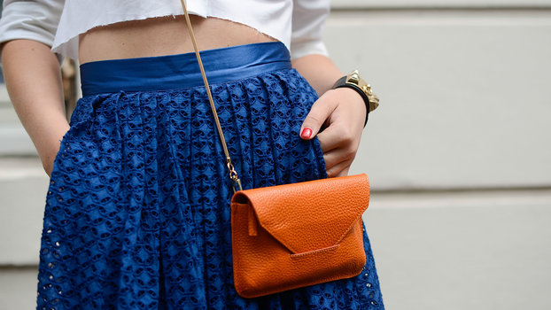 021919-13-super-stylish-crossbody-bags-that-are-perfect-for-festival-season-lead