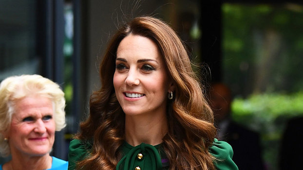 Kate Middleton's Trendy Handbag Will Never Go Out of Style | InStyle.com