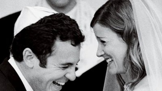 Celebrity Wedding: Fred Savage & Jennifer Stone