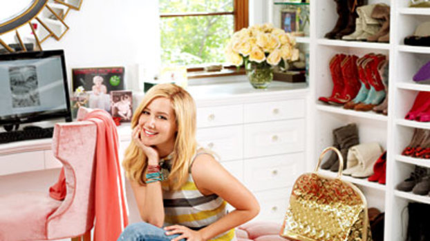 12 Amazing Star Closets