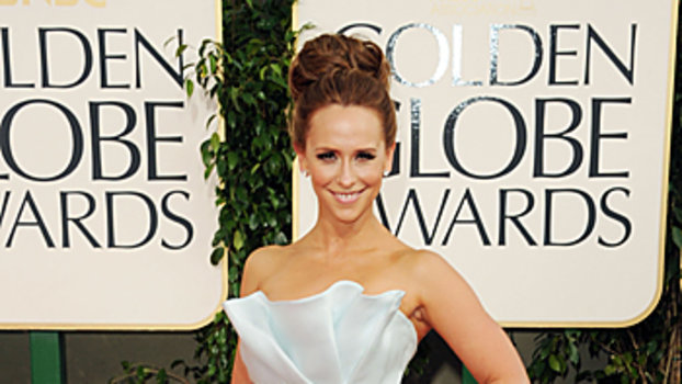 Celebrity Gown Inspiration: Jennifer Love Hewitt