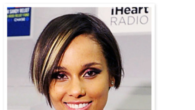 alicia key hair style hairstyle update added blond highlights 5294 | 121312 alicia keys new hair 300