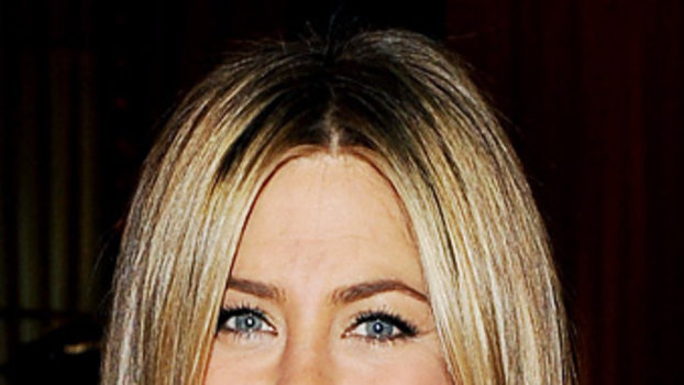 Jennifer Aniston Is Partnering With Aveeno Skin Care