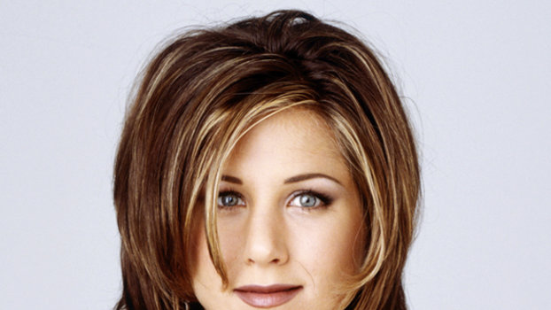 It S The 10th Anniversary Of Friends Try On The Rachel Hairstyle