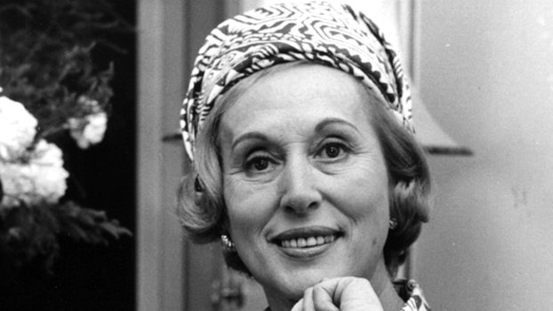 Happy 108th Birthday, Estee Lauder! Here's How Her Legacy Lives On