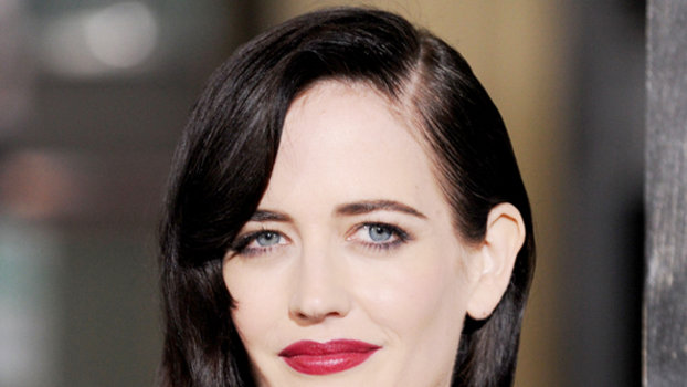 Penny Dreadful S Eva Green On Beauty Tips Amp Tim Burton