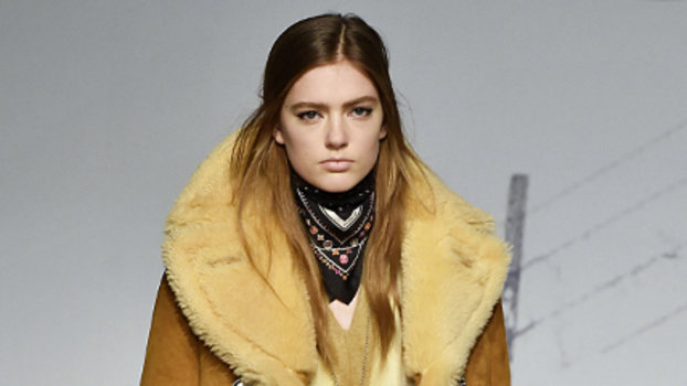 The Coziest Runway Looks We Wish We Could Wear Now