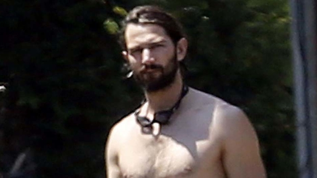 Game of Thrones's Michiel Huisman Goes Shirtless | InStyle.com
