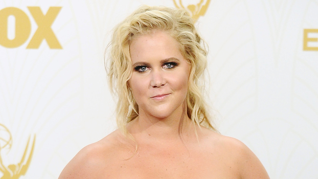 Amy Schumer Reacts To Khloe Kardashians Tweets Instylecom