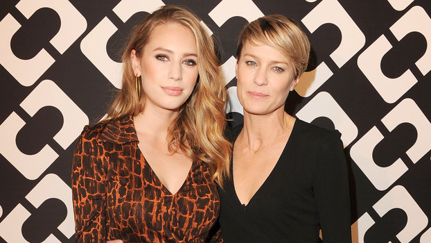 Dylan Penn And Robin Wright Are Mother Daughter Twins