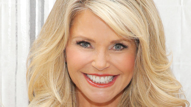 Christie Brinkley Shows Off Incredible Bikini Body on Family Vacation ...